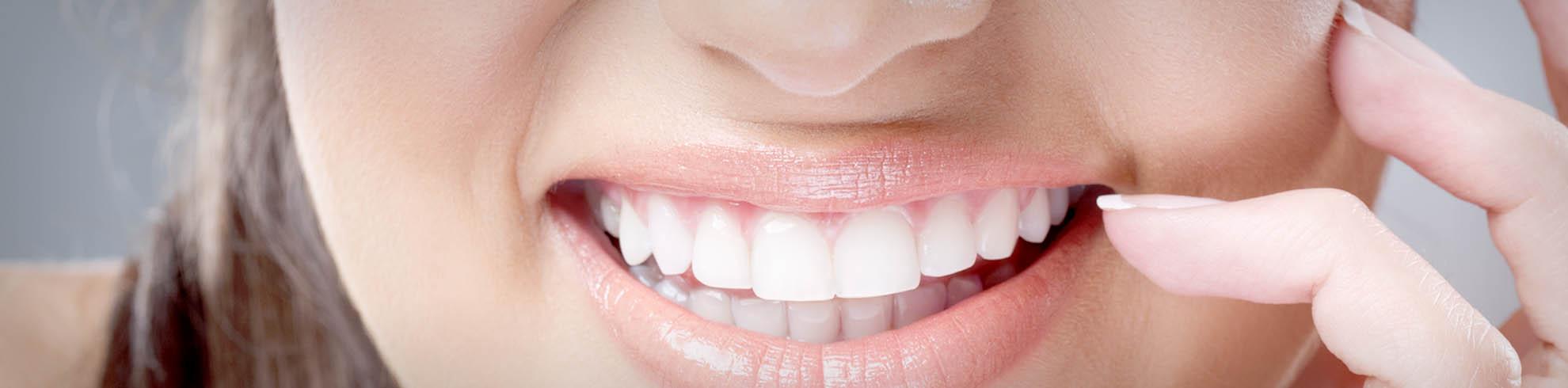 slider-1-clinica-dental-giroca-torrevieja-implantas-blanqueamientos