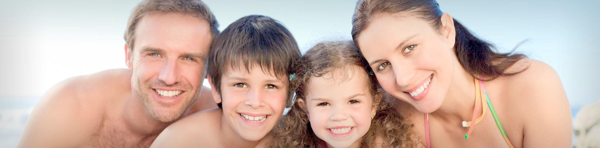 2slider-3-clinica-dental-giroca-torrevieja-implantas-blanqueamientos