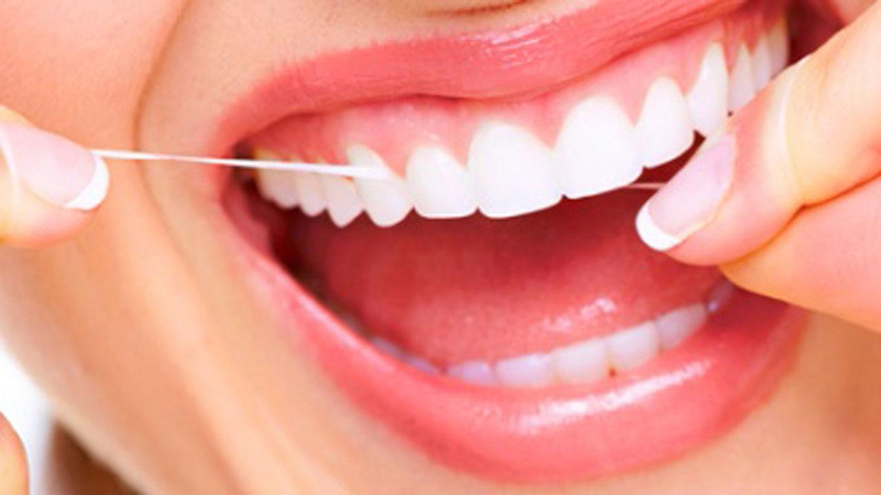 Alzheimer y la salud dental deficiente